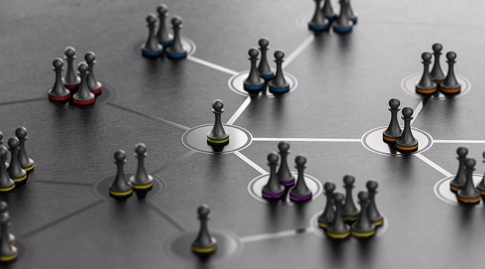 チェスの駒でほかの駒との連携を表している